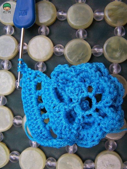 毛线拖鞋的钩法图解 漂亮的钩针凉拖鞋编织教程